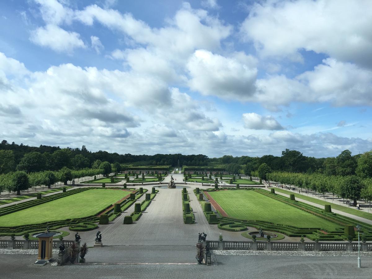 drottningholm-gardens