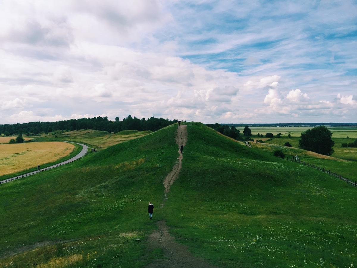 gamla-uppsala-mounds