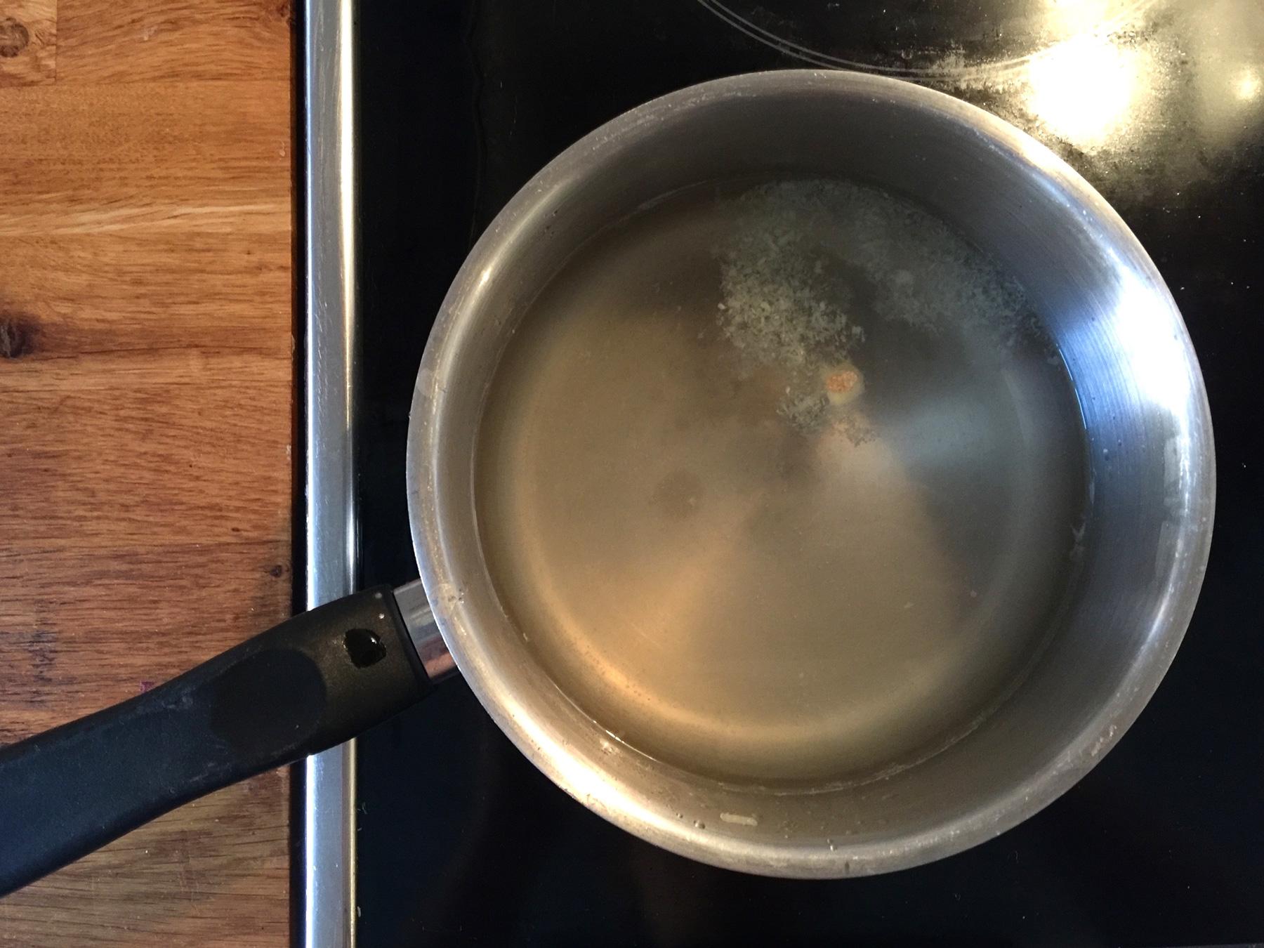 honey-ginger-lemon-tea-cooking