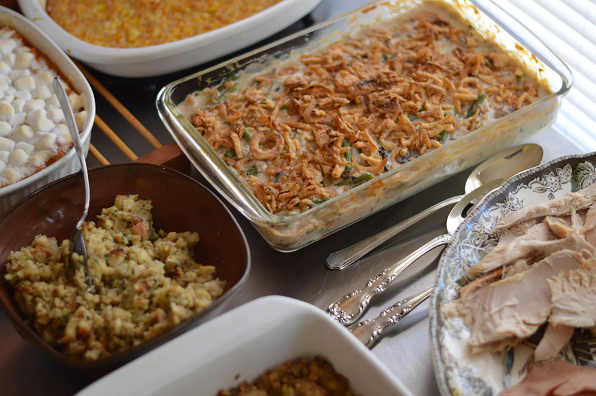 a classic american thanksgiving for expats: complete with ...