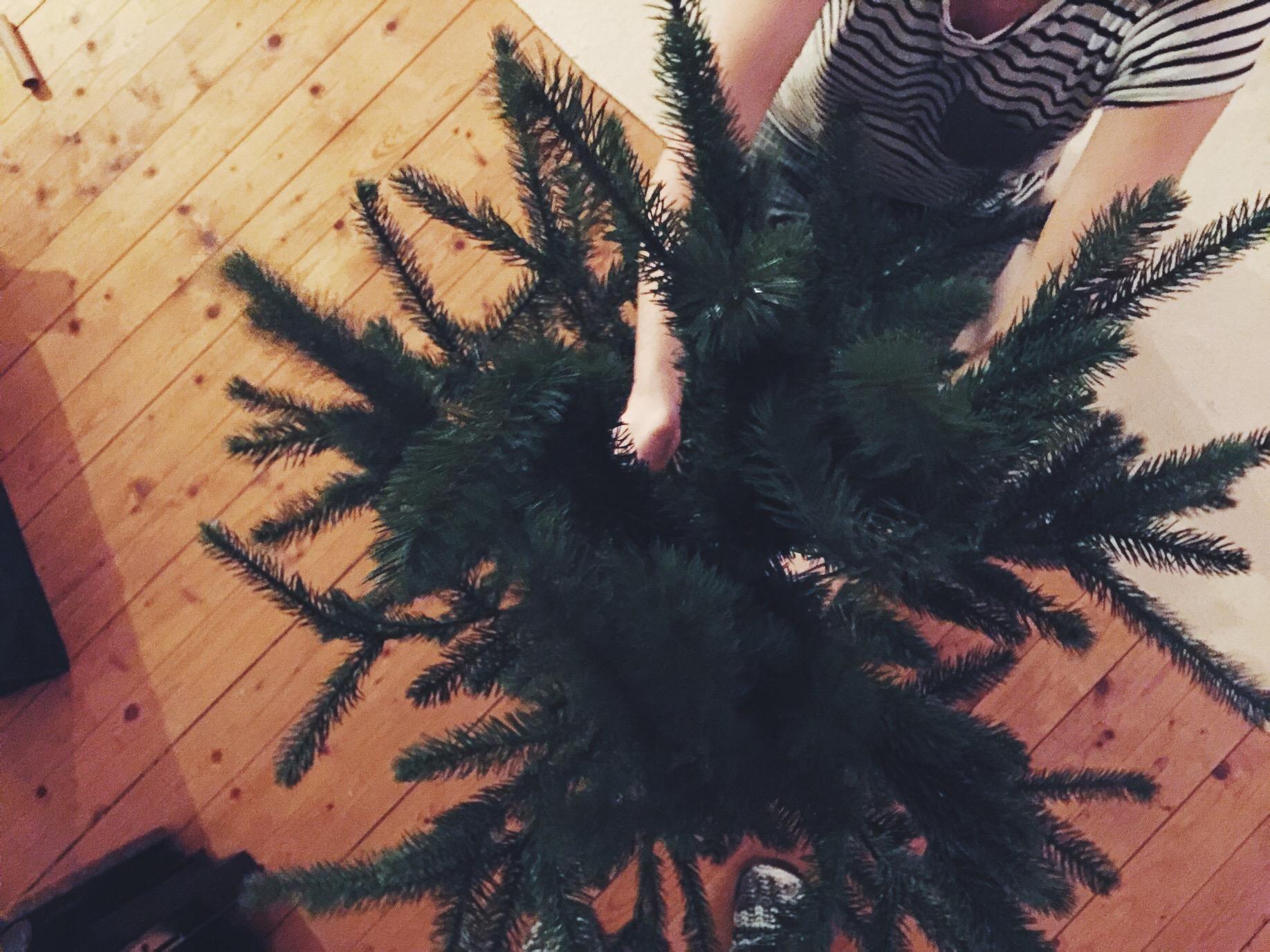 christmas tree fake