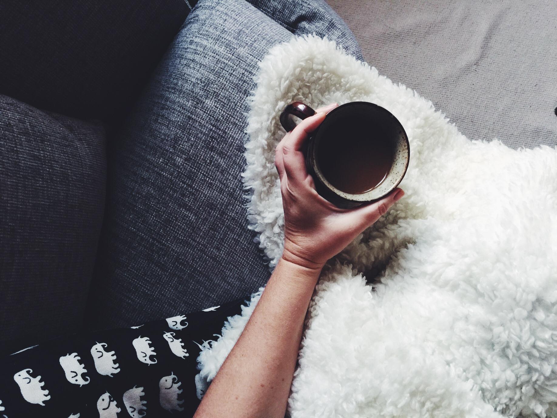 coffee me hand