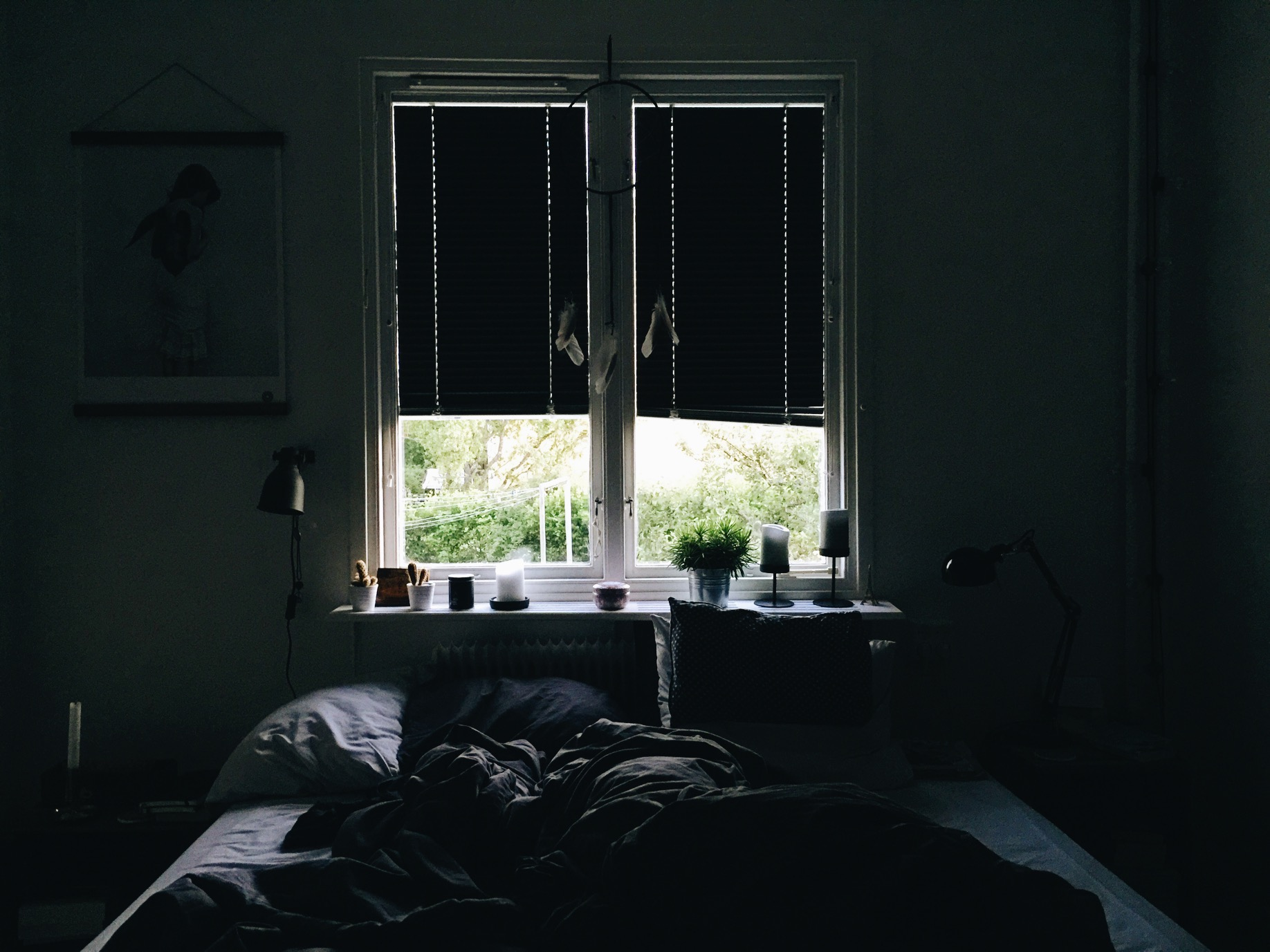 bedroom dark home