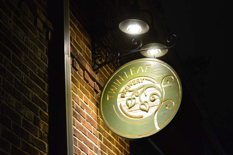 twin-leaf-brewery-sign