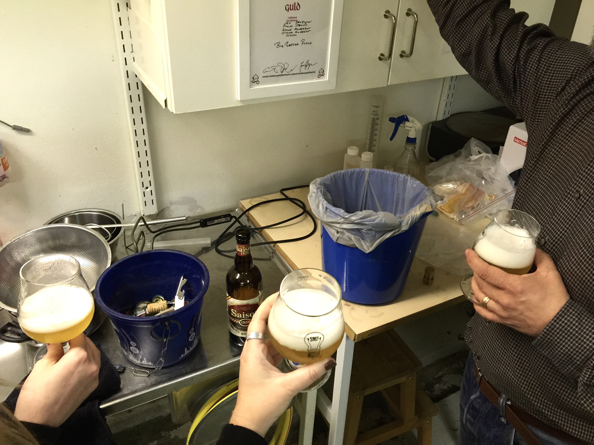 saison-home-brewing-tasting