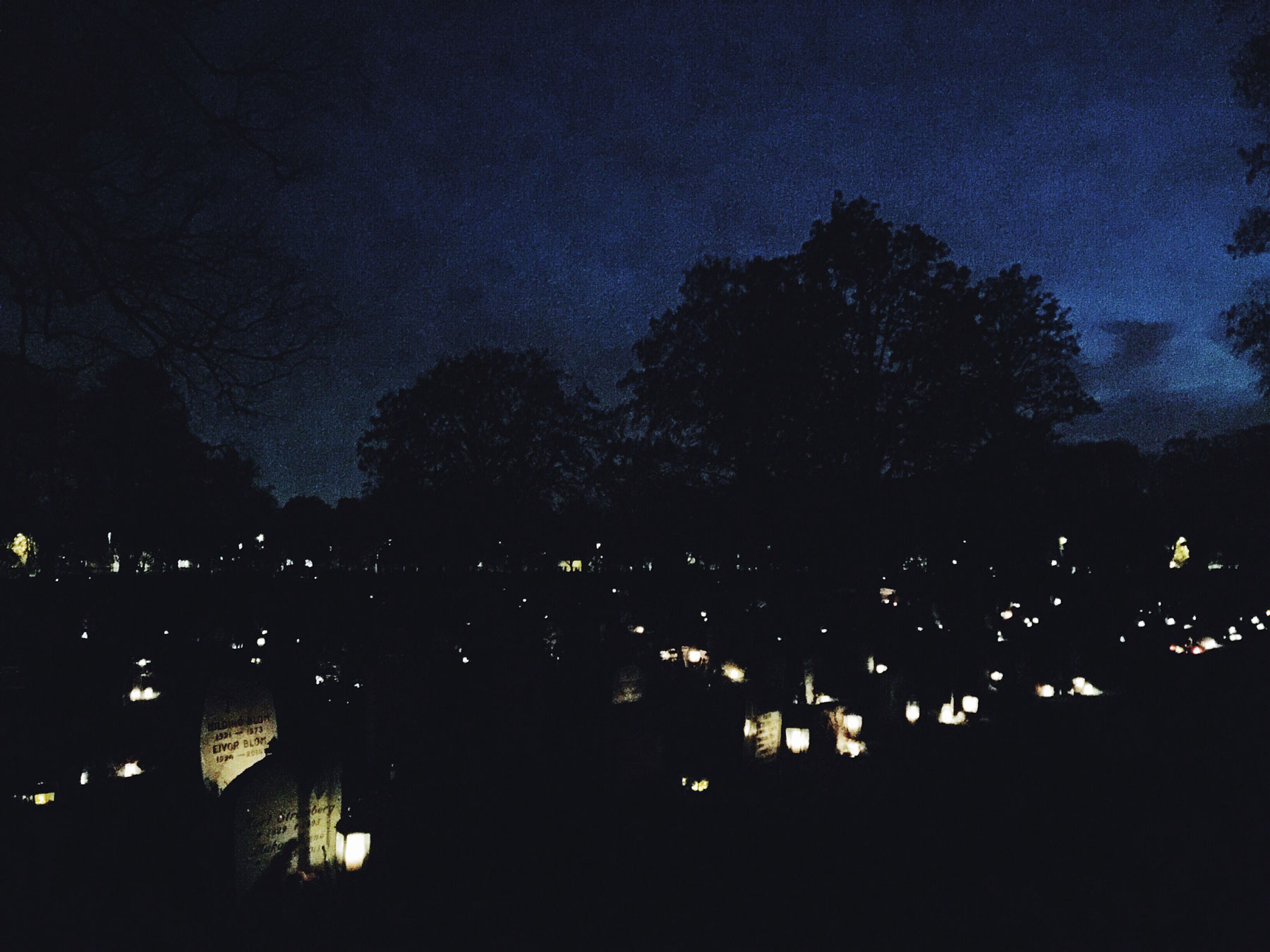 all-saints-day-cemetery-candles