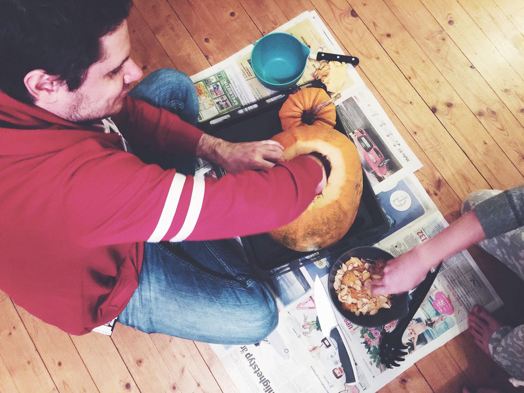 halloween--pumpkin-carving