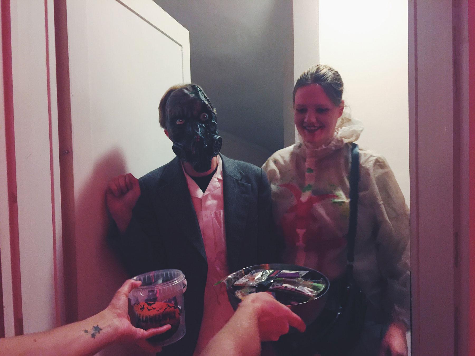 halloween-trick-or-treat-2