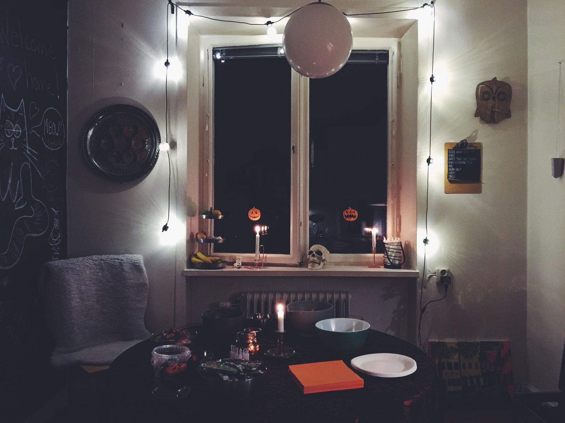 halloween.-kitchen
